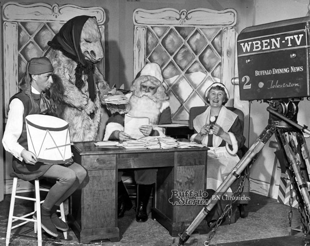 Ed Dinsmore as Santa, Gene Brook as Grumbles the Elf on WBEN-TV in 1949. (Buffalo News archive)