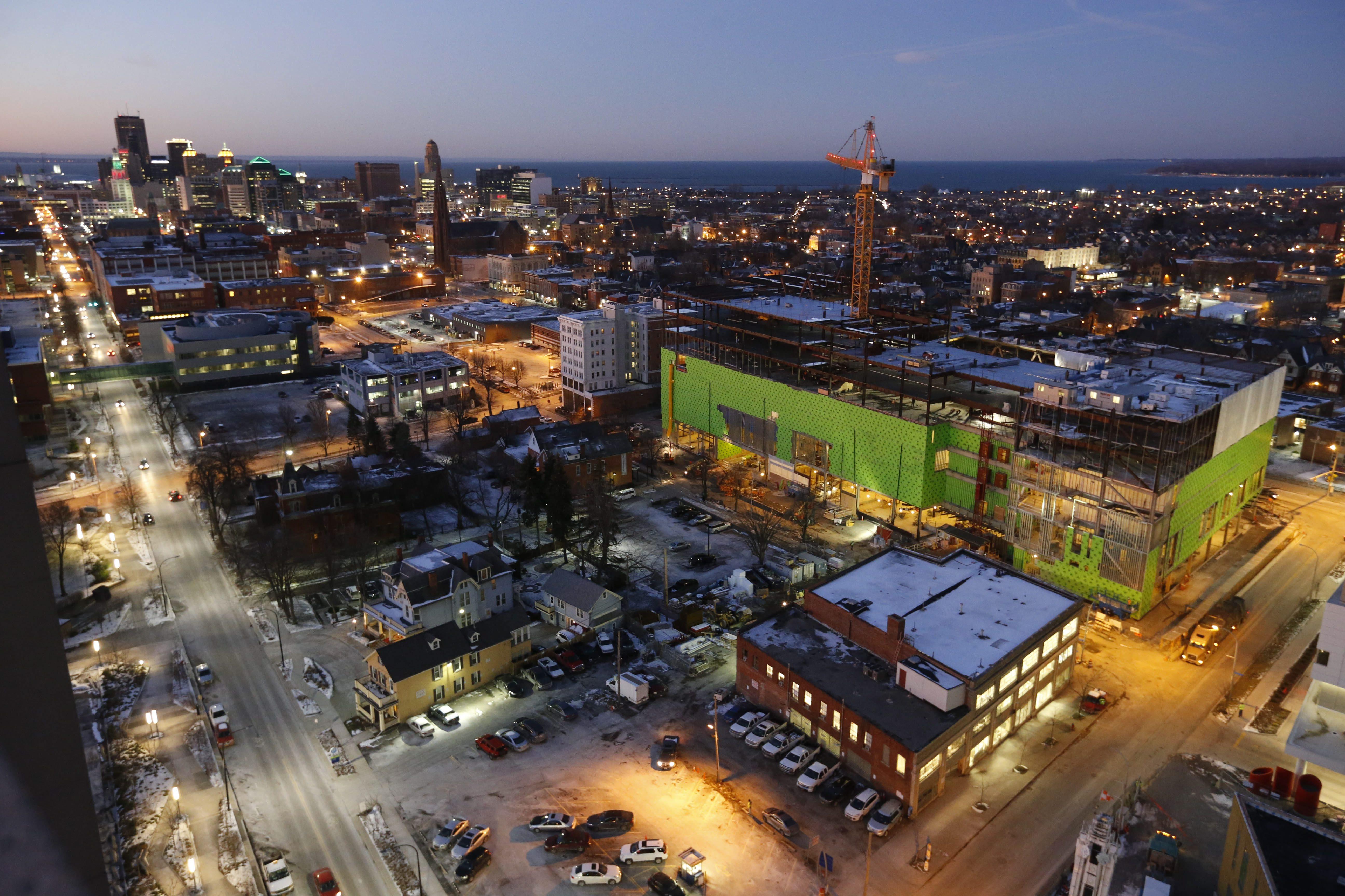 Construction of the new UB School of Medicine on the Buffalo Niagara Medical Campus.  (Derek Gee/Buffalo News)