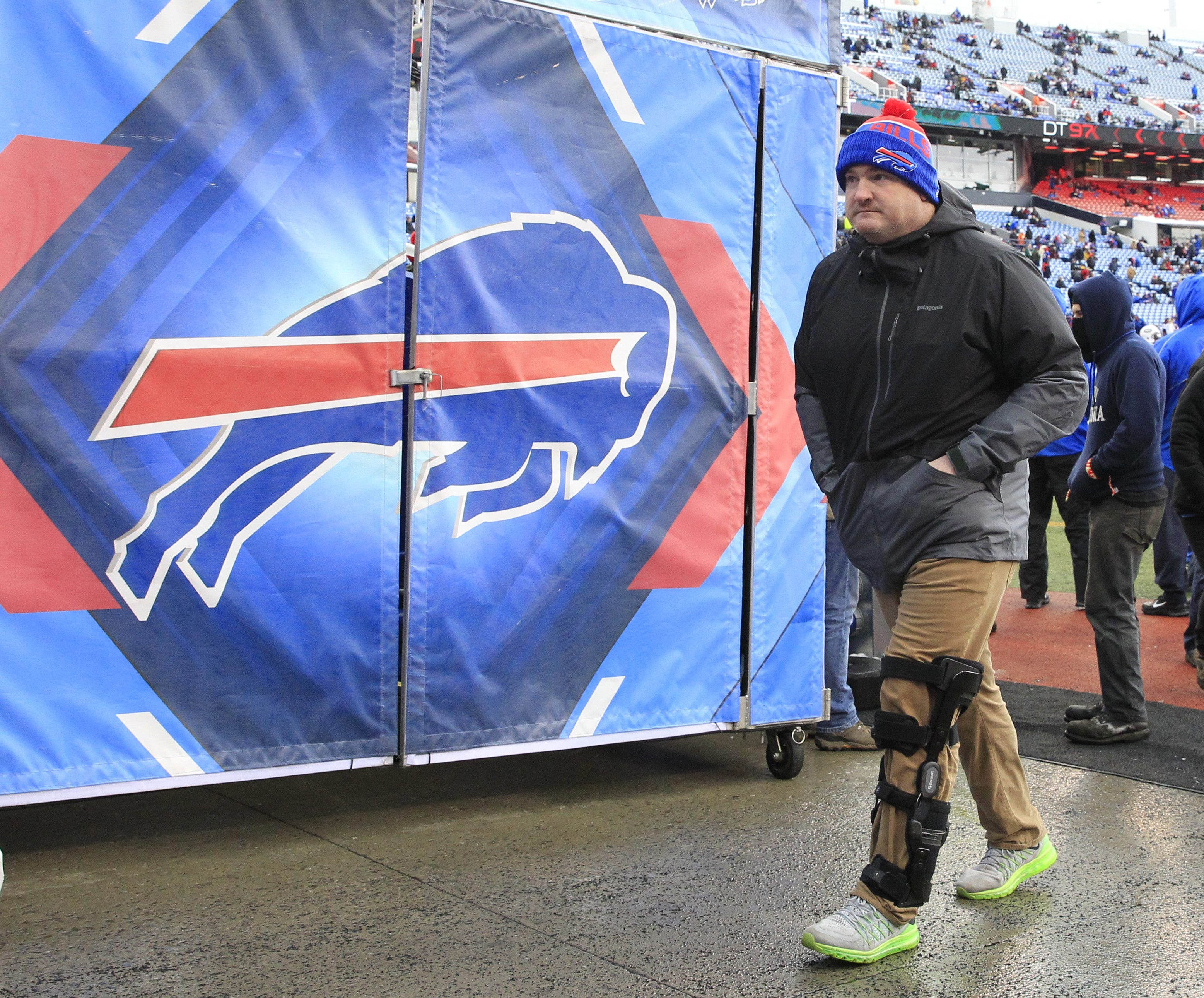 Defensive tackle Kyle Williams, seen before the Jets game Sunday, has made it clear he has no plans to retire.