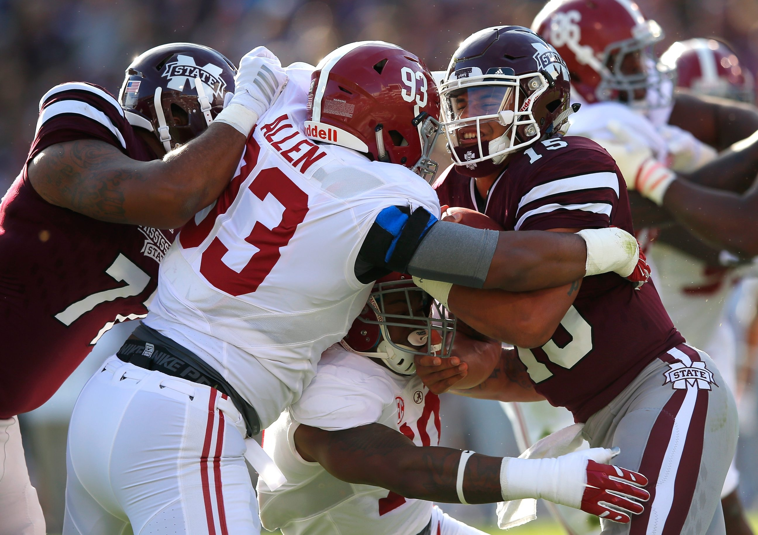 Jonathan Allen of Alabama would be a good fit as the Bills retool their defense, according to draft expert Mel Kiper Jr.