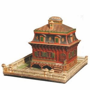 This Victorian sewing box is worth $3,075. The roof covers a tray with sewing implements and thread.