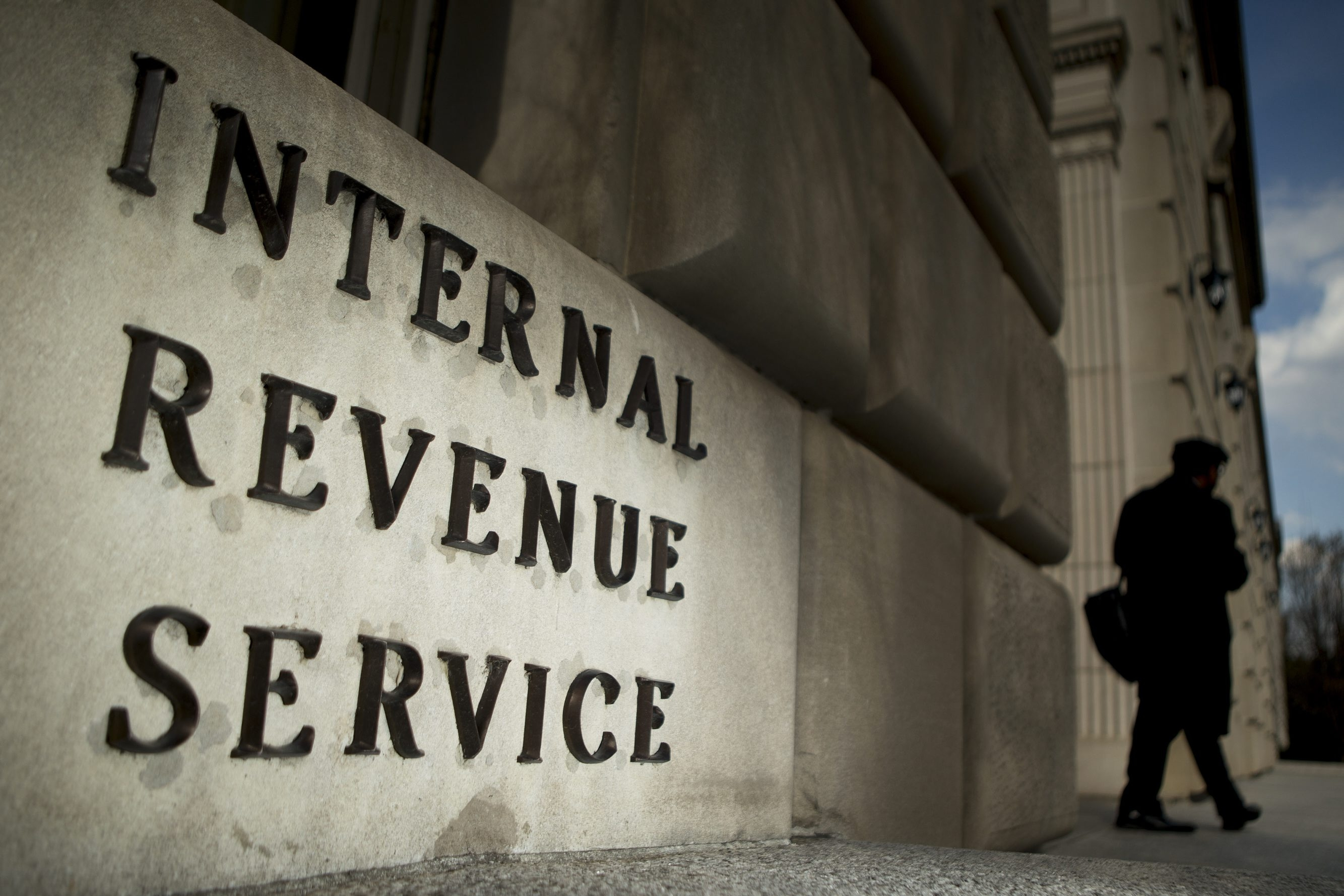 Bloomberg Photo Service ' Best of the Week': The Internal Revenue Service (IRS) headquarters stands in Washington, D.C., U.S., on Wednesday, April 9, 2014. The deadline for filing 2013 U.S. taxes is April 15. Photographer: Andrew Harrer/Bloomberg