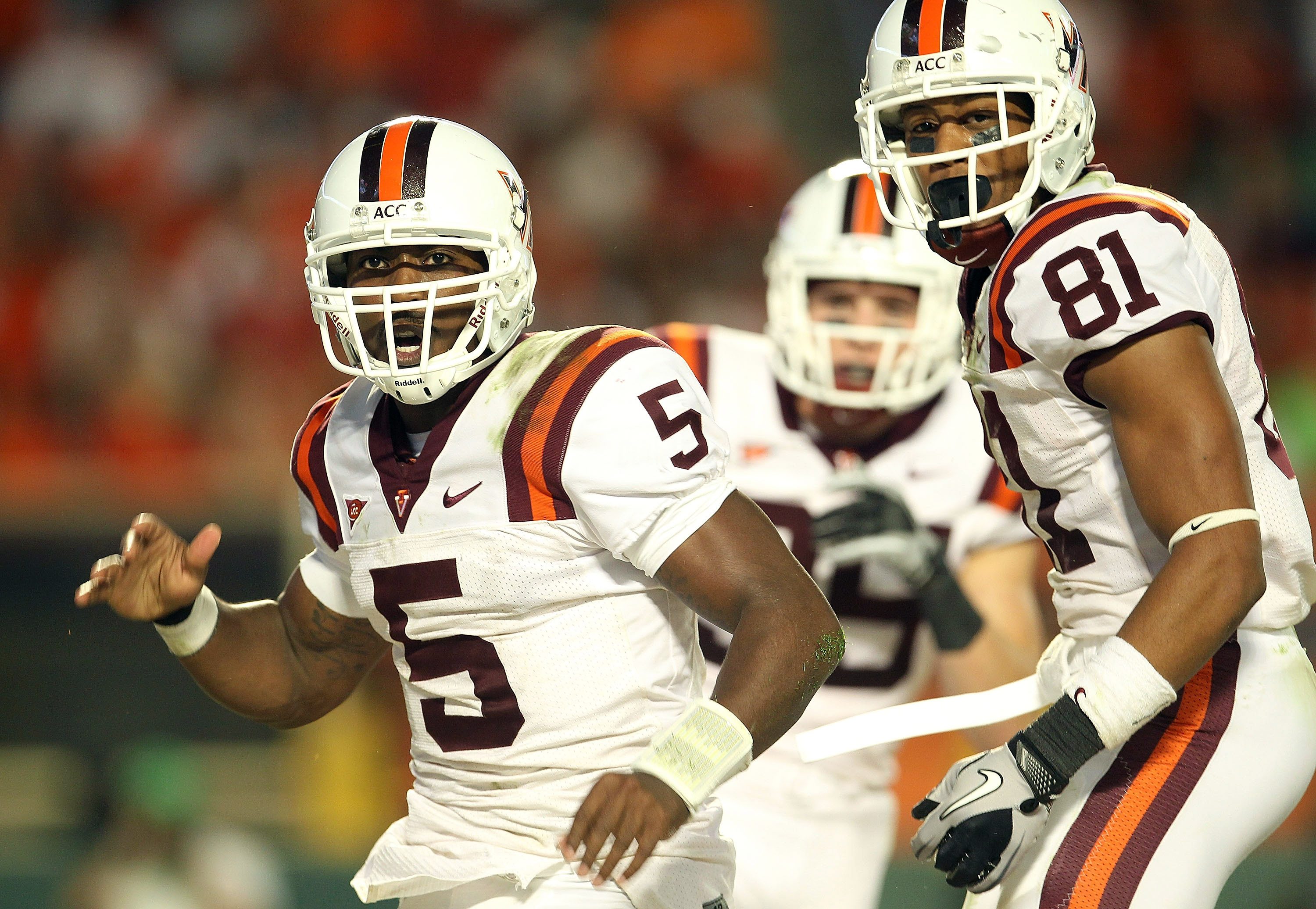 While at Virginia Tech, Tyrod Taylor (5) often connected with Jarrett Boykin (81). This photo is from the Hokies' game at Miami on Nov. 20, 2010.  (Getty Images)