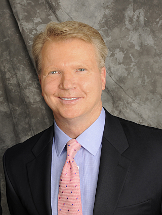Phil Simms: Not a fan of Twitter   (CBS photo)