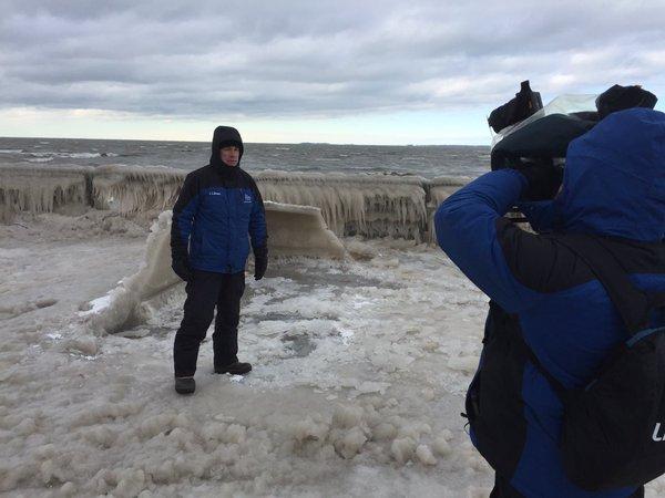 Weather Channel meteorologist Mike Seidel gets ready to broadcast live from Hoak's. (Aaron Besecker/Buffalo News)