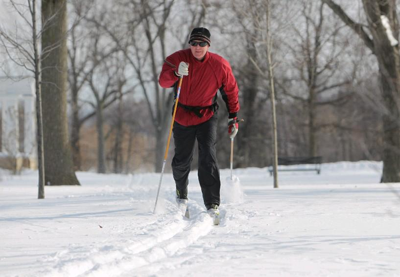 Buffalo Nordic Ski Club President Jim Klein leads cross-country lessons Sunday morning in Delaware Park when there's adequate snow on the ground. (Sharon Cantillon/Buffalo News file photo)