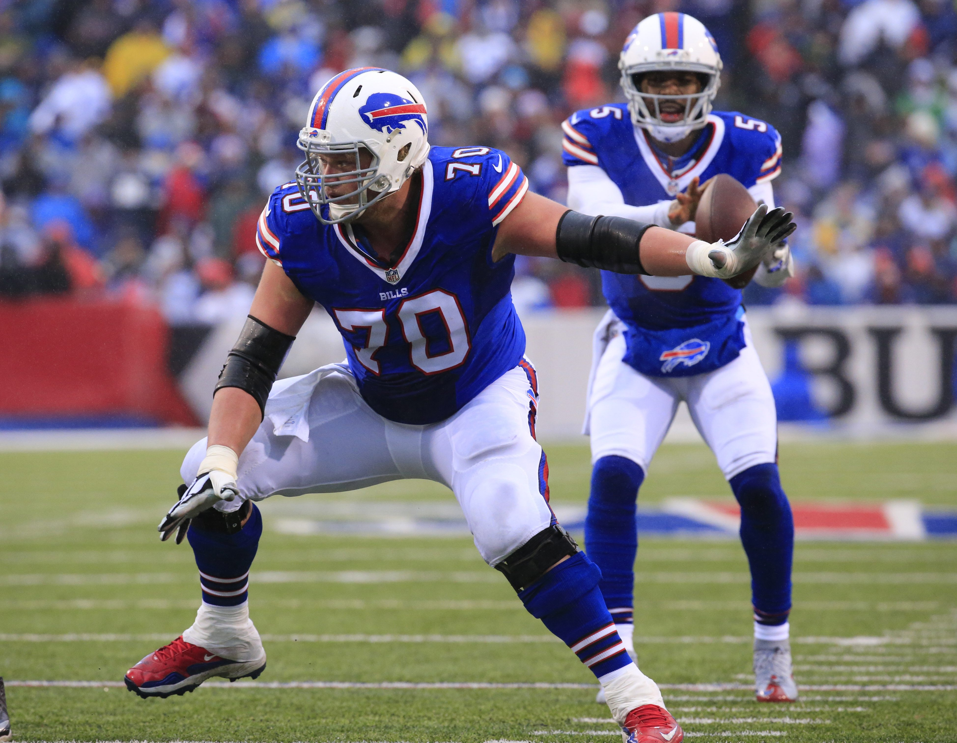 Buffalo Bills center Eric Wood and quarterback Tyrod Taylor are headed to the Pro Bowl. (Harry Scull Jr./Buffalo News)