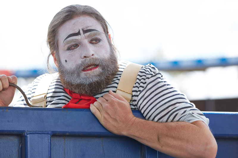 Zach Galifianakis as a rodeo clown in 'Baskets' (FX photo)