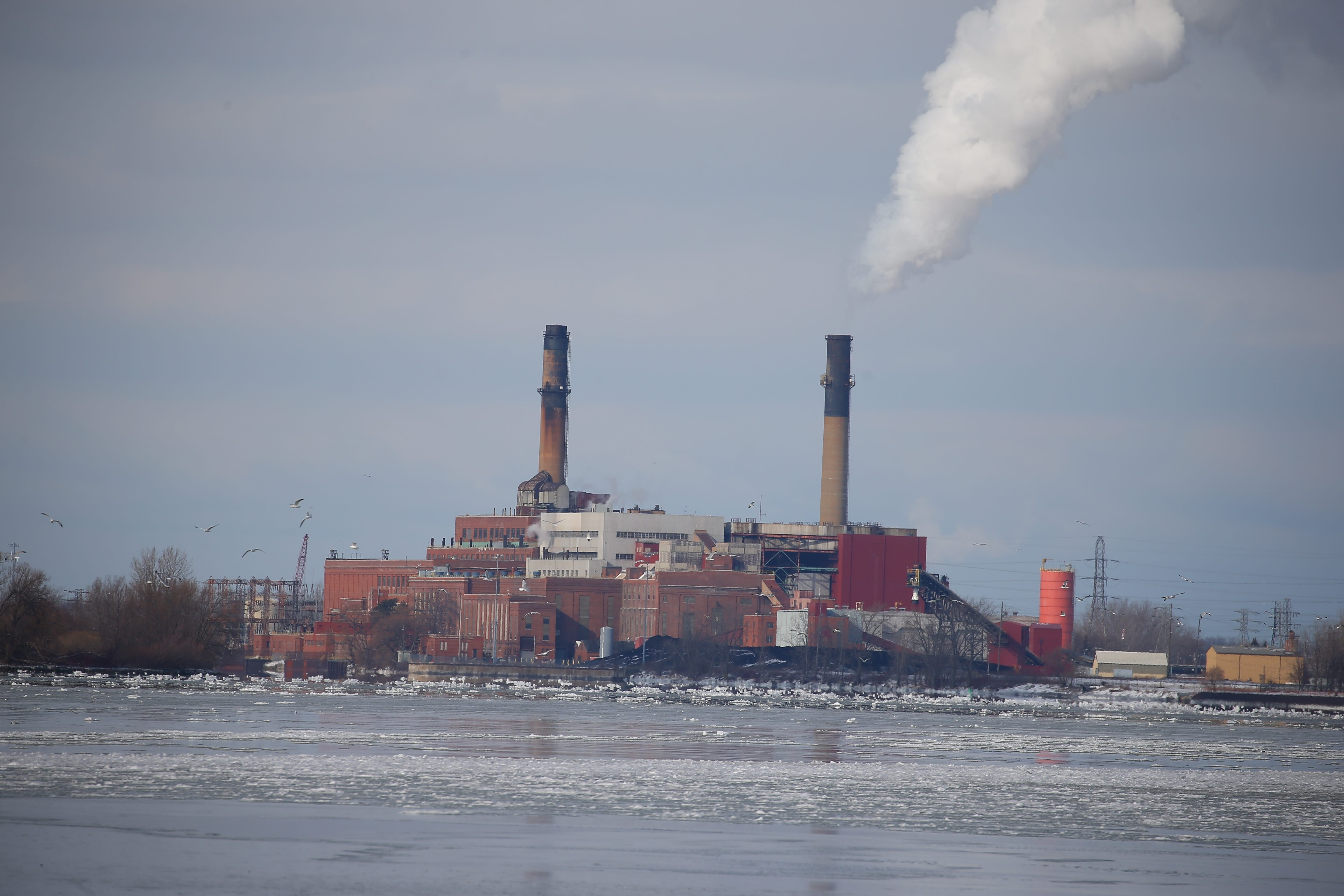 The March 1 closing of the Huntley Station power plant in the Town of Tonawanda will cost the Ken-Ton school district, Town of Tonawanda and Erie County millions in tax revenue. (John Hickey/Buffalo News)