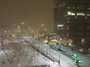 Snowfall was picking up in downtown Buffalo shortly after 5 a.m. (Aaron Besecker/Buffalo News)