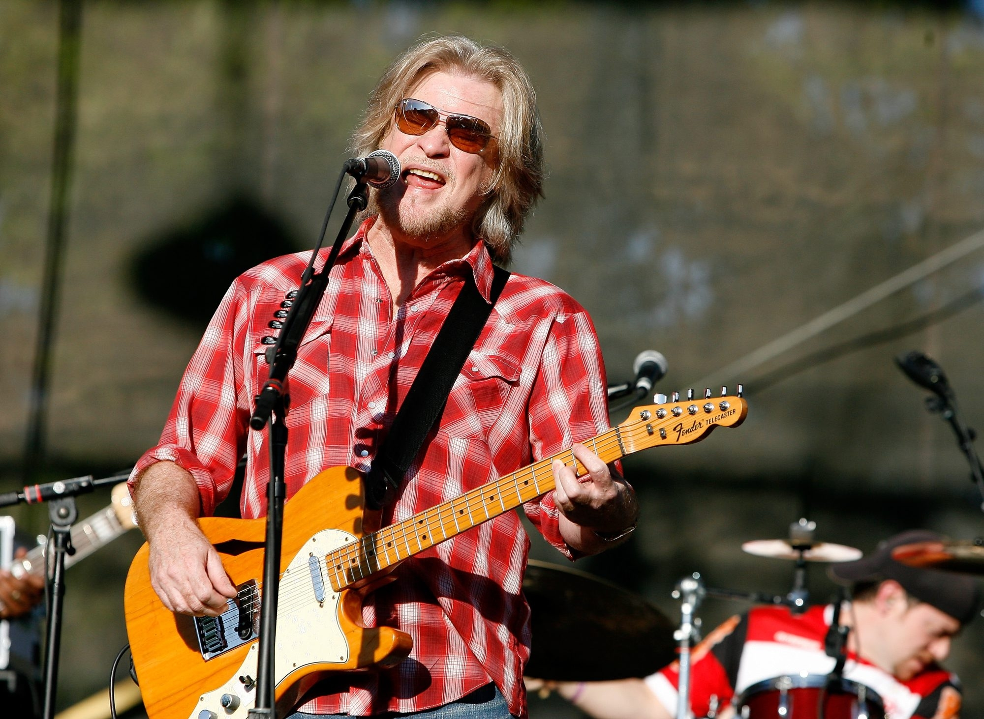 Daryl Hall plays twice this weekend with John Rzeznik.