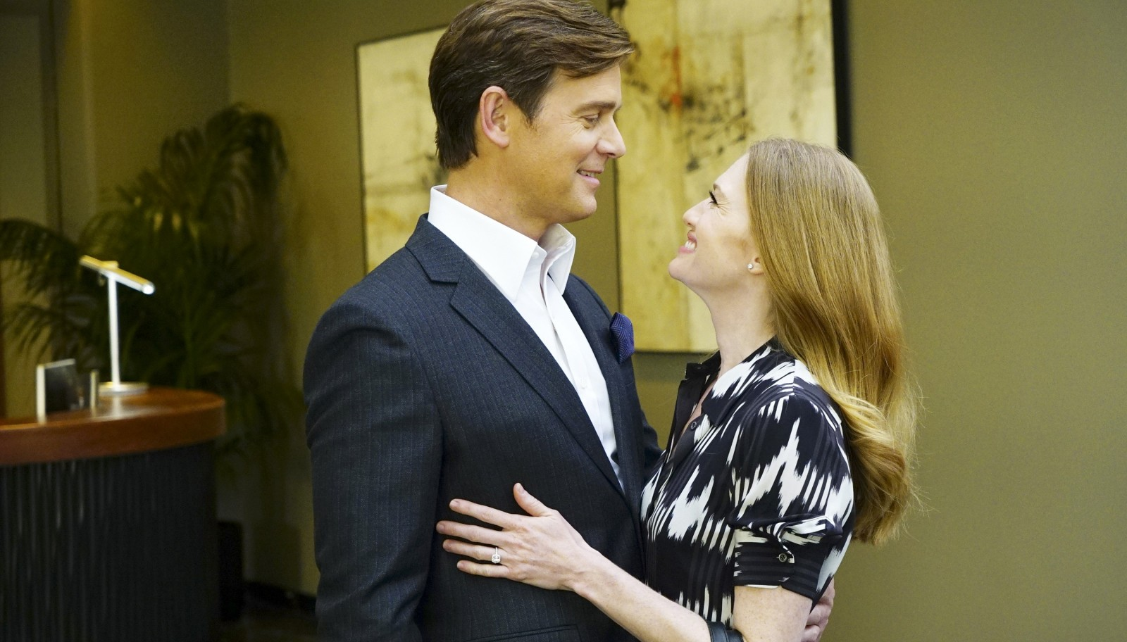 """Peter Krause and Mireille Enos star in ABC's """"The Catch."""""""