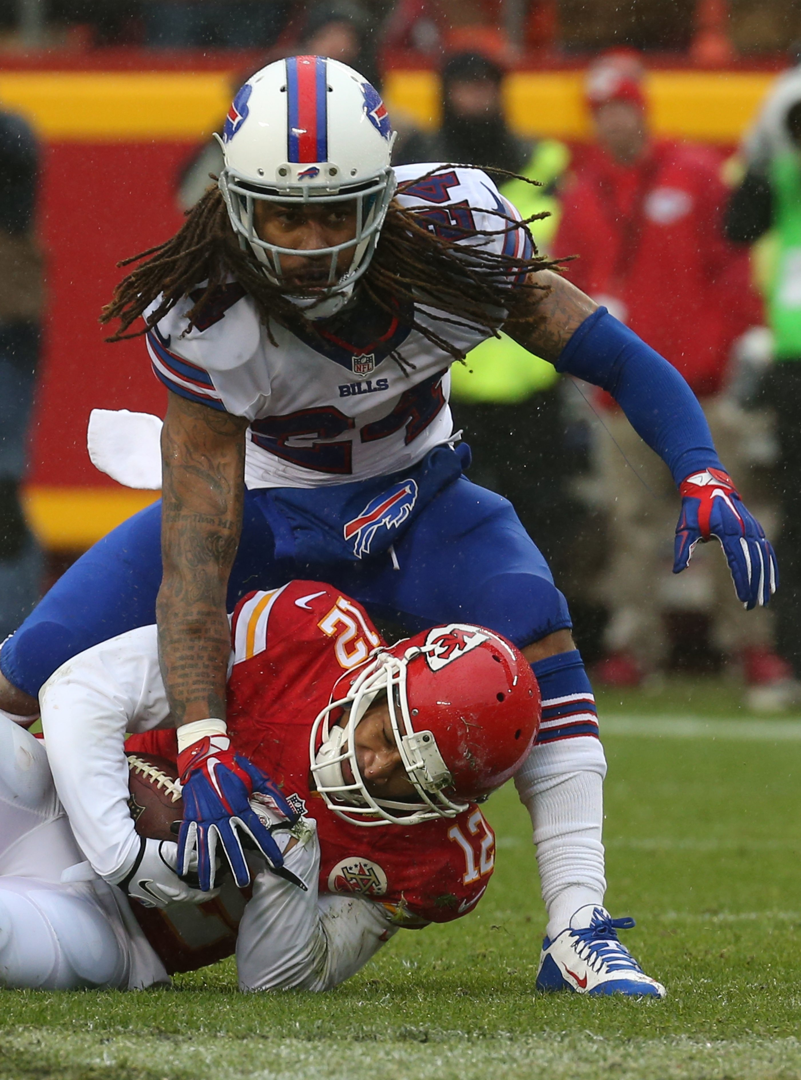 Kansas City Chiefs wide receiver Albert Wilson (12) beats Buffalo Bills cornerback Stephon Gilmore (24) for a catch for a first down in the second quarter at Arrowhead Stadium in Kansas City, Mo. on Sunday, Nov. 29, 2015.  (James P. McCoy/ Buffalo News)