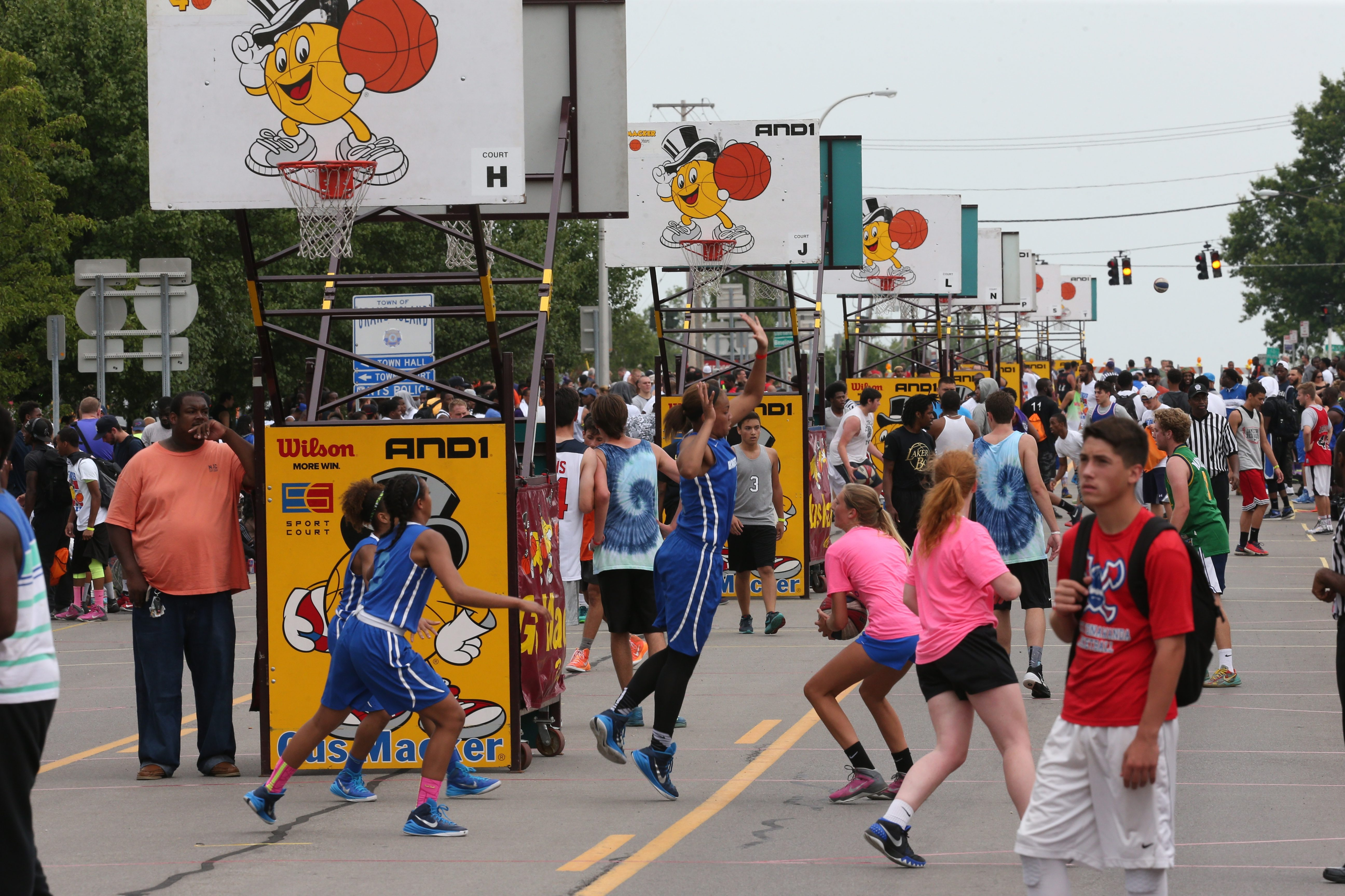 Photo of last year's Gus Macker tournament on Grand Island. This year's will move from Grand Island Boulevard to the parking lot at town hall. (James P. McCoy/ Buffalo News file photo)