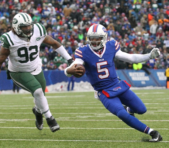 Tyrod Taylor's return was the main topic for today's Daily Drive podcast.  (James P. McCoy/Buffalo News)