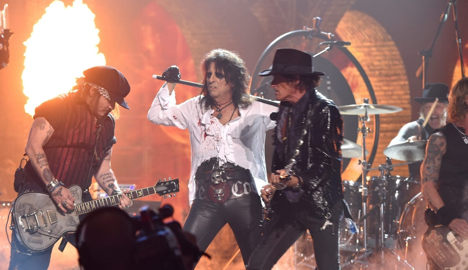 Johnny Depp, left, Alice Cooper and Joe Perry of Hollywood Vampires will perform in a special outdoor concert at the Seneca Niagara Casino in Niagara Falls. (Getty Images)