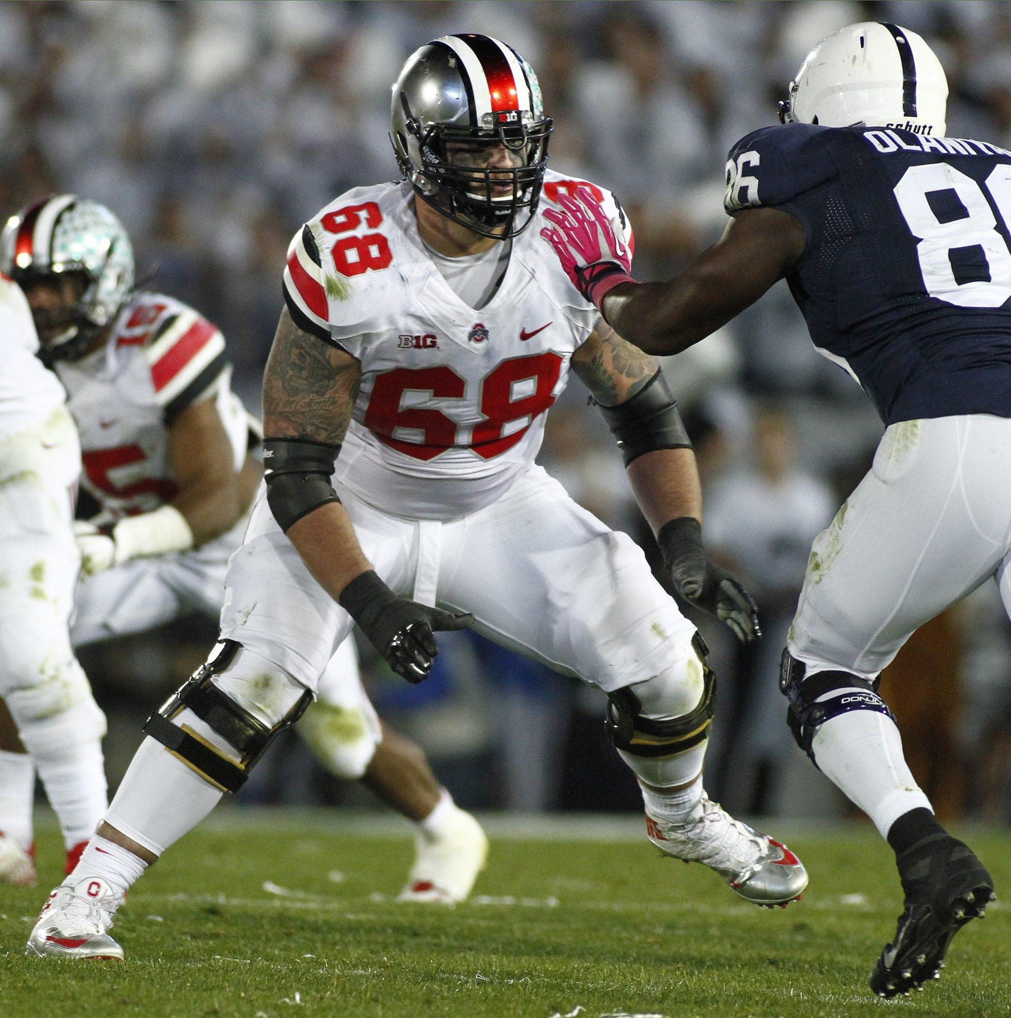Ohio State offensive tackle Taylor Decker has solid footwork.