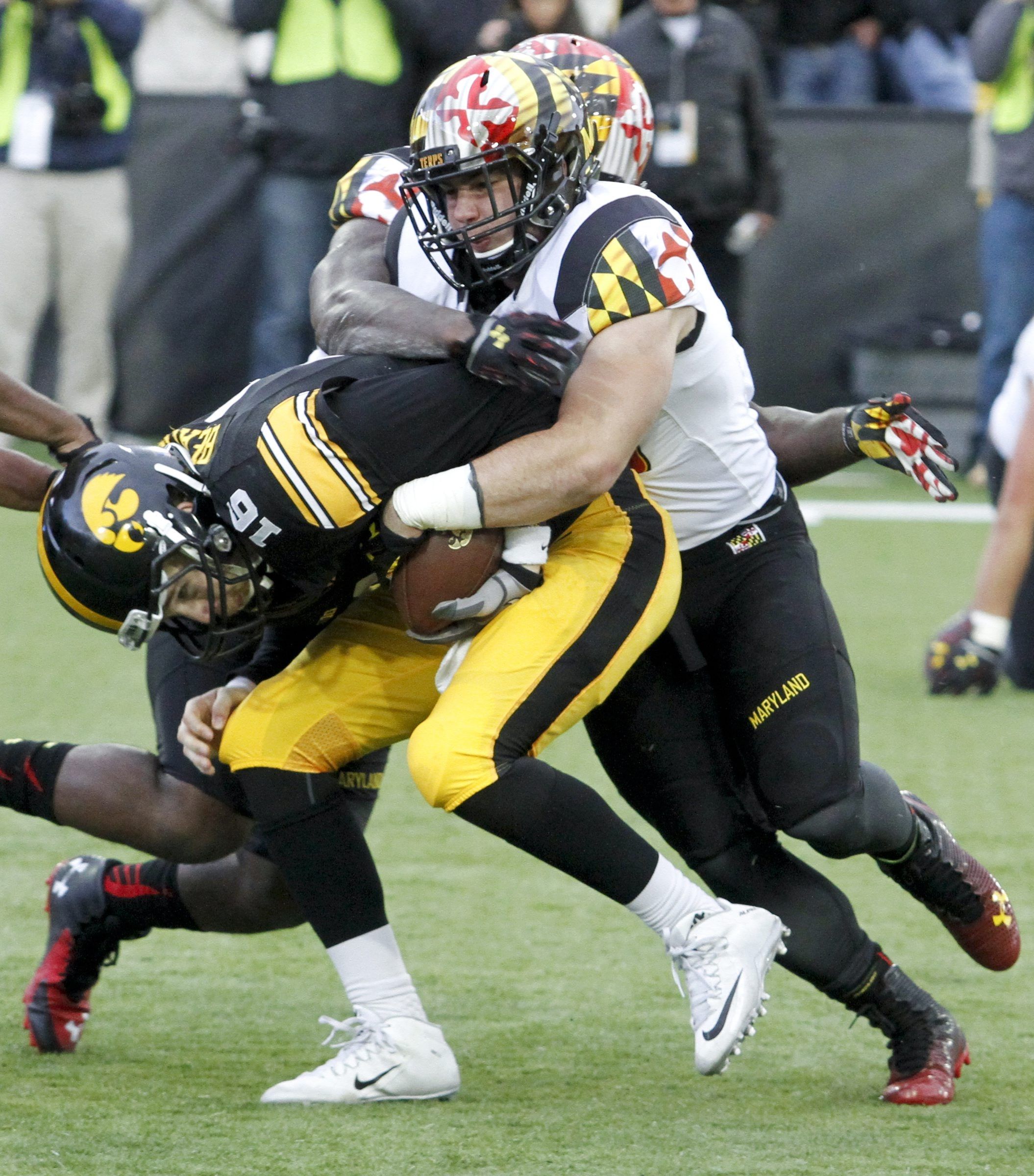 Maryland defensive lineman Yannick Ngakoue set a Terrapins record and finished second in the country with 13.5 sacks in 2015.