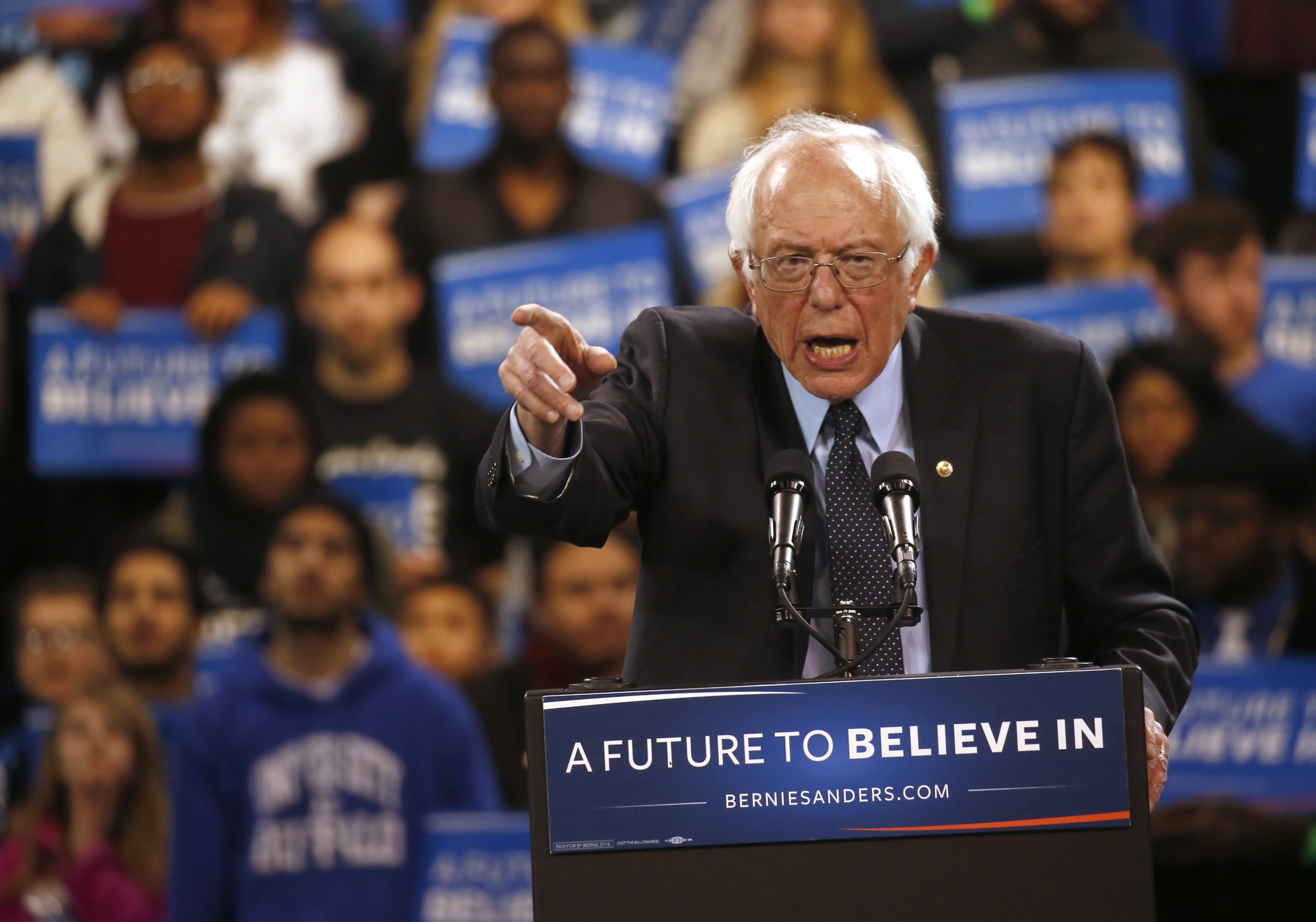 What Bernie Sanders' appearance in the University at Buffalo's Alumni Arena on April 11 lacked in sophistication, it partially made up for in old-school bluster and smart improvisation. (Robert Kirkham/Buffalo News)