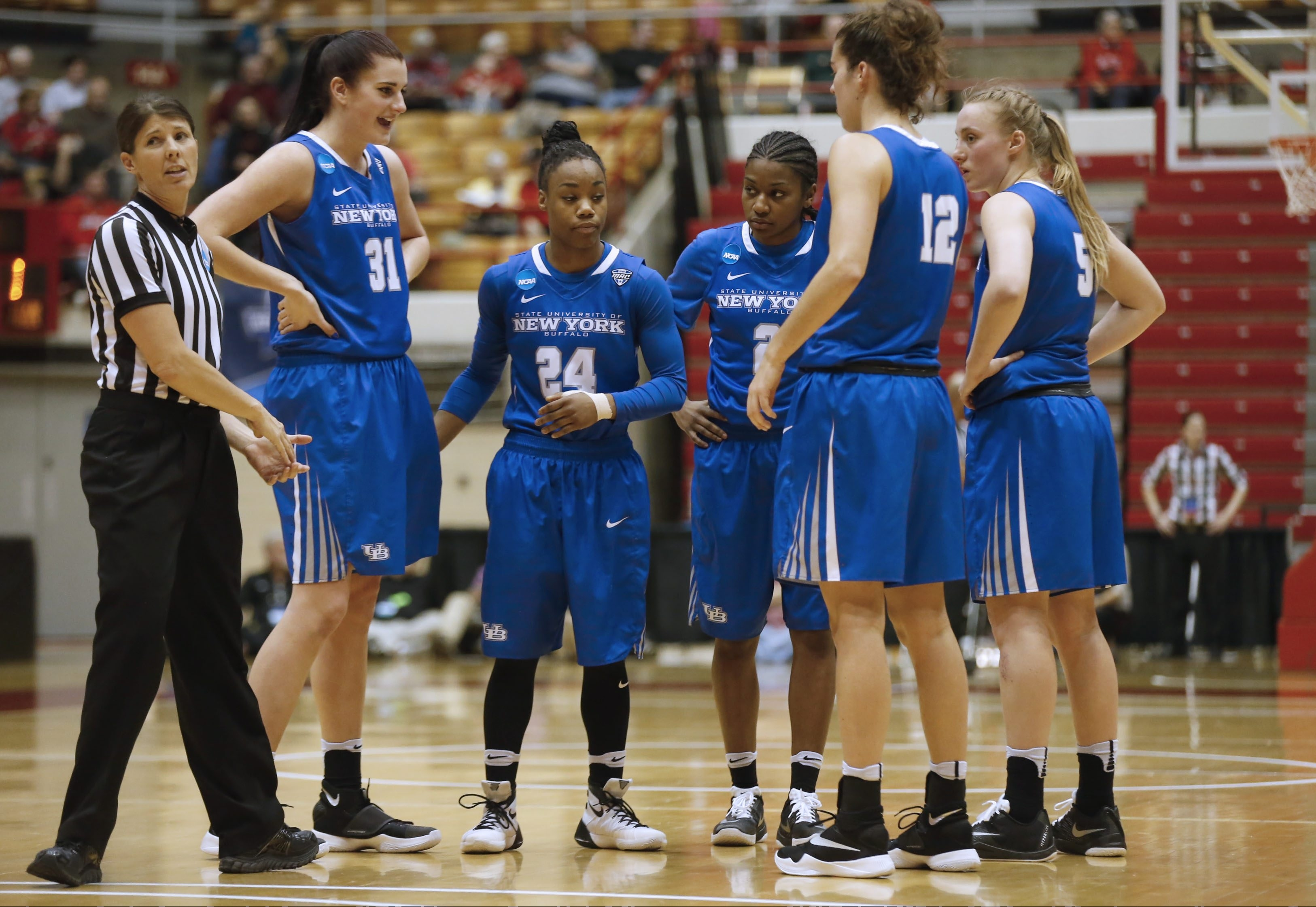 "Wearing ""Bulls"" on their uniforms doesn't make sense for women athletes such as UB's basketball team, says columnist Bob DiCesare. (Robert Kirkham/Buffalo News file photo)"
