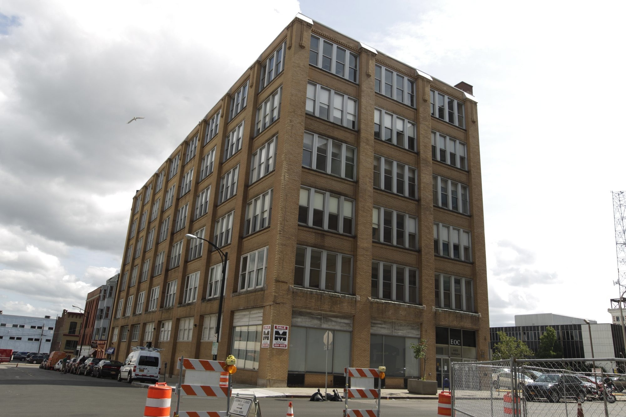 Ciminelli Real Estate Corp. is renovating at 465 Washington St. at East Mohawk Street into The Sinclair, which will comprise 45 apartments.