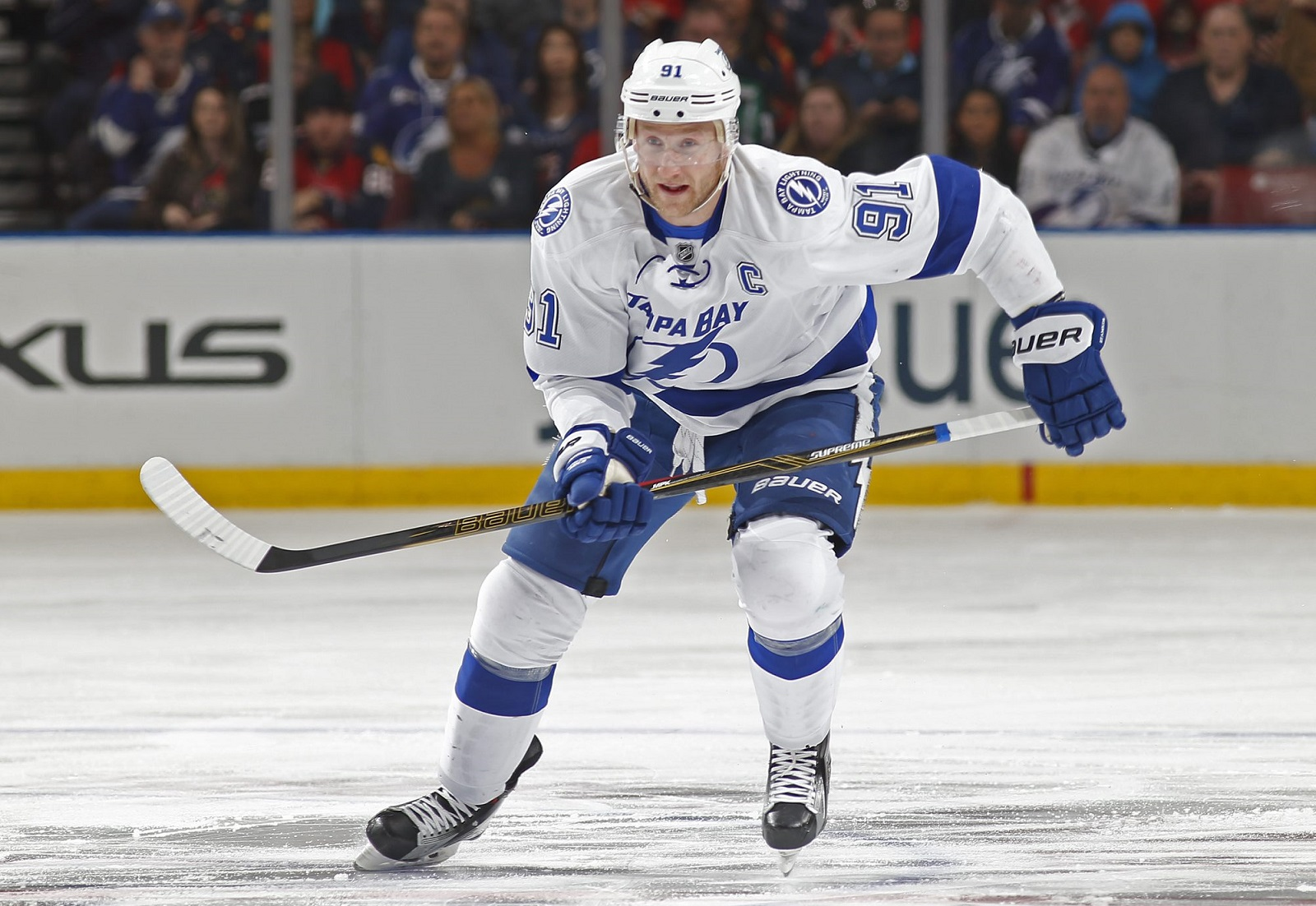 Is Steven Stamkos the one elite player the Sabres are missing? (Getty Images)