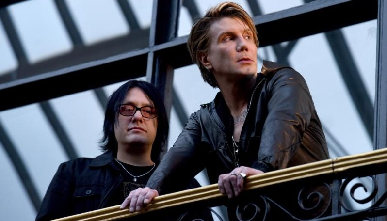 The Goo Goo Dolls, who play Darien Lake Aug. 20, released a new single from 'Boxes.'