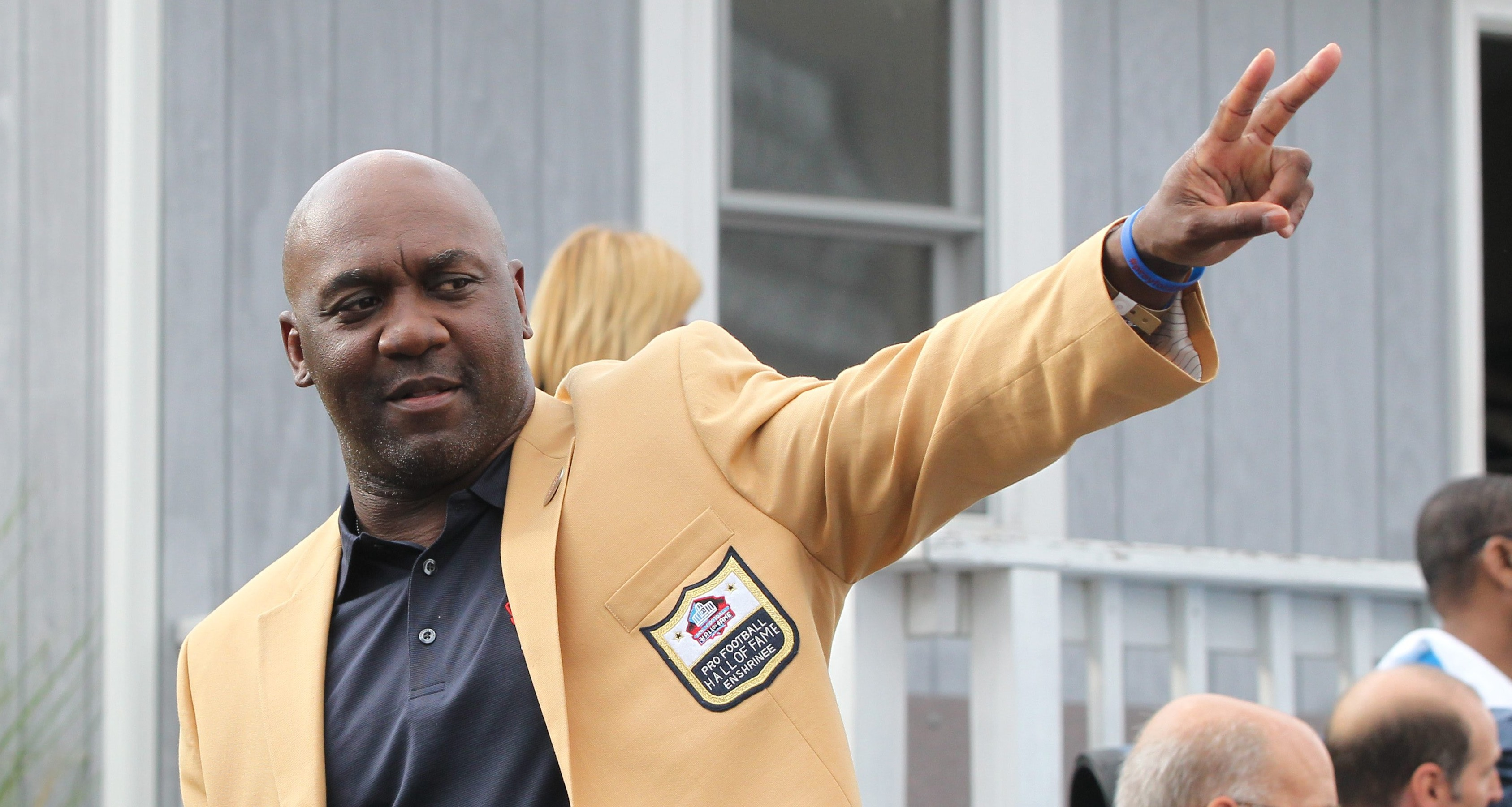 Thurman Thomas told the audience that he thinks he suffered 'a couple' of concussions during his college career, but didn't pay much attention to them.  (James P. McCoy/ News file photo)
