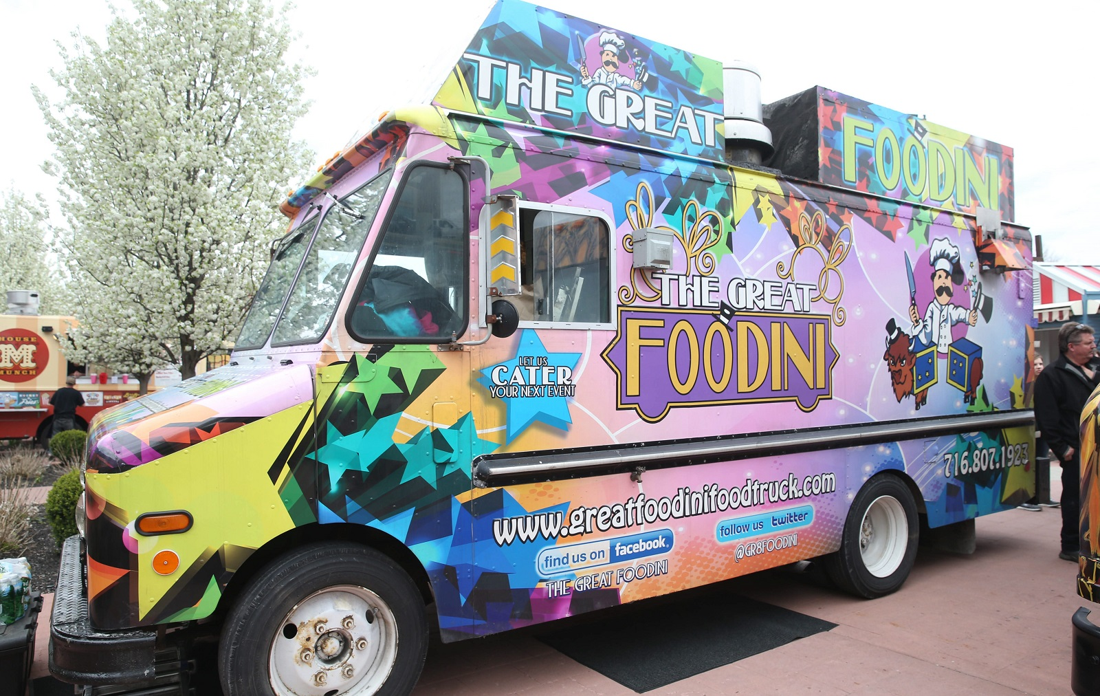 The Great Foodini food truck sets up shop at Food Truck Tuesdays. (Sharon Cantillon/Buffalo News)