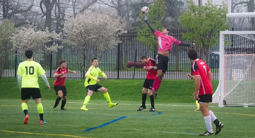 John Netter, in pink, and Queenston captured their second win in a row on Sunday. (Richard Grampp Sr.)