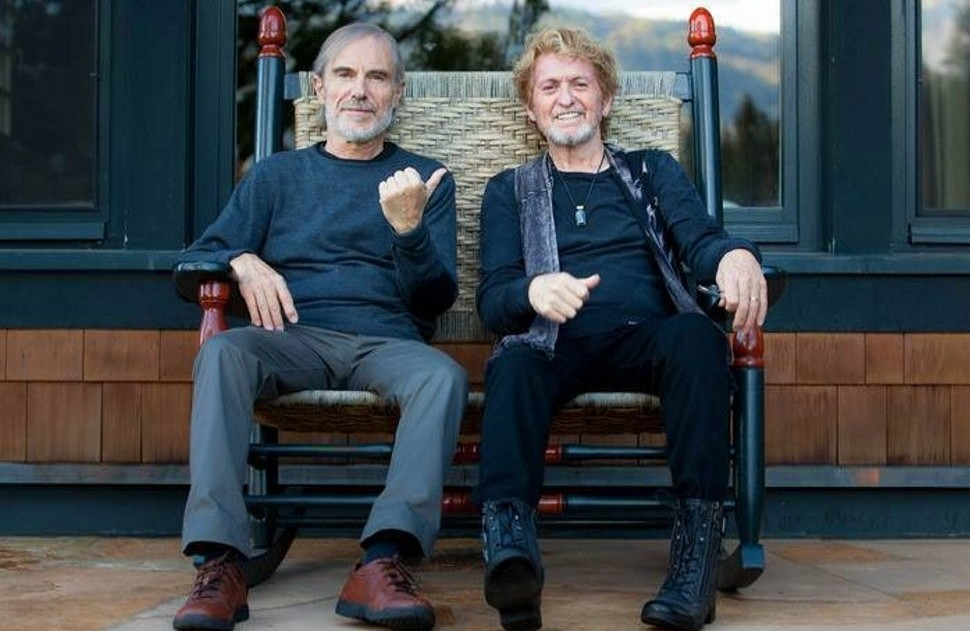Jean Luc Ponty, left, and Jon Anderson combine to form the Anderson Ponty Band, which played Riviera Theatre on Tuesday.