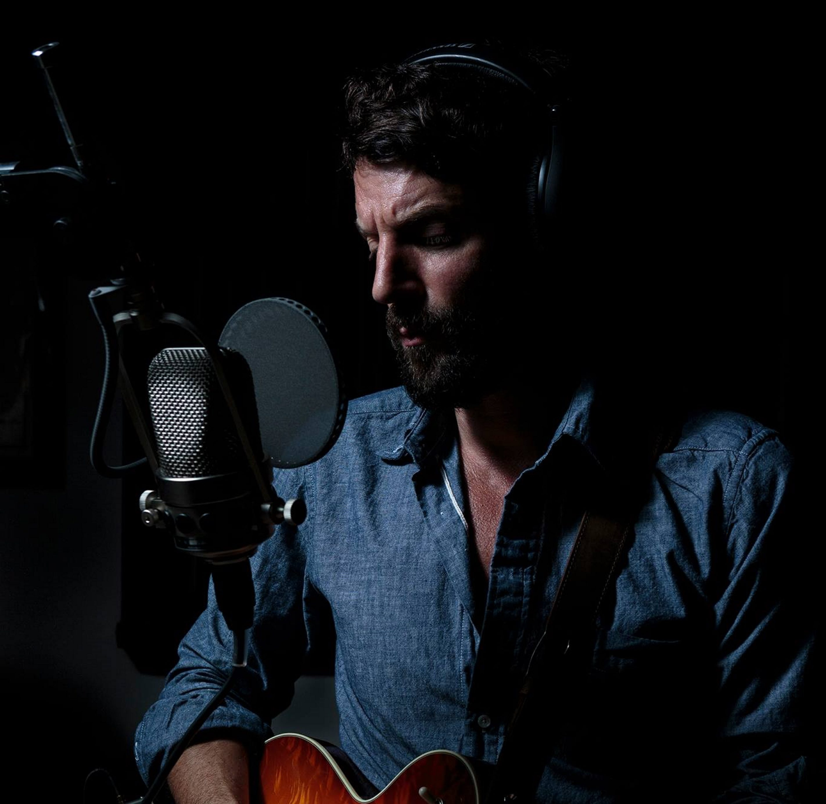 """Ray LaMontagne's """"Ouroboros"""" is touched by transcendent beauty."""