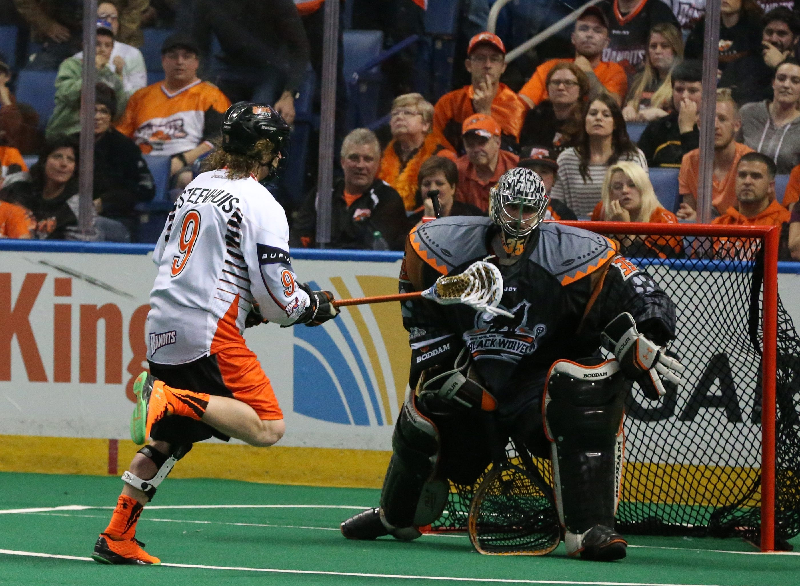 Mark Steenhuis scored on a penalty shot in the final minutes to wrap up the Bandits' victory over the Black Wolves on Saturday night.