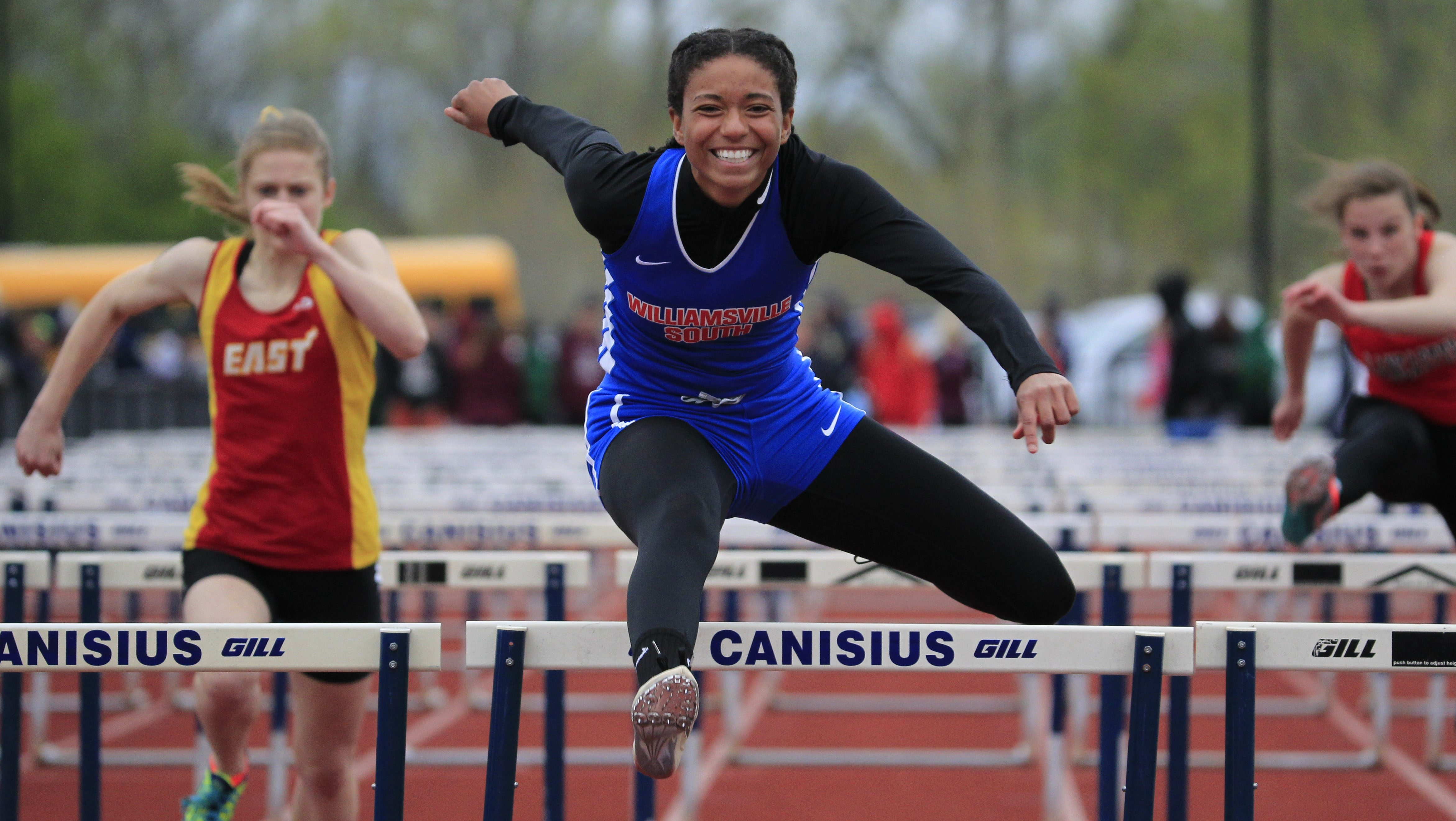Alyssa Oviasogie of Williamsville South won the 100 meter hurdles in 15.33.