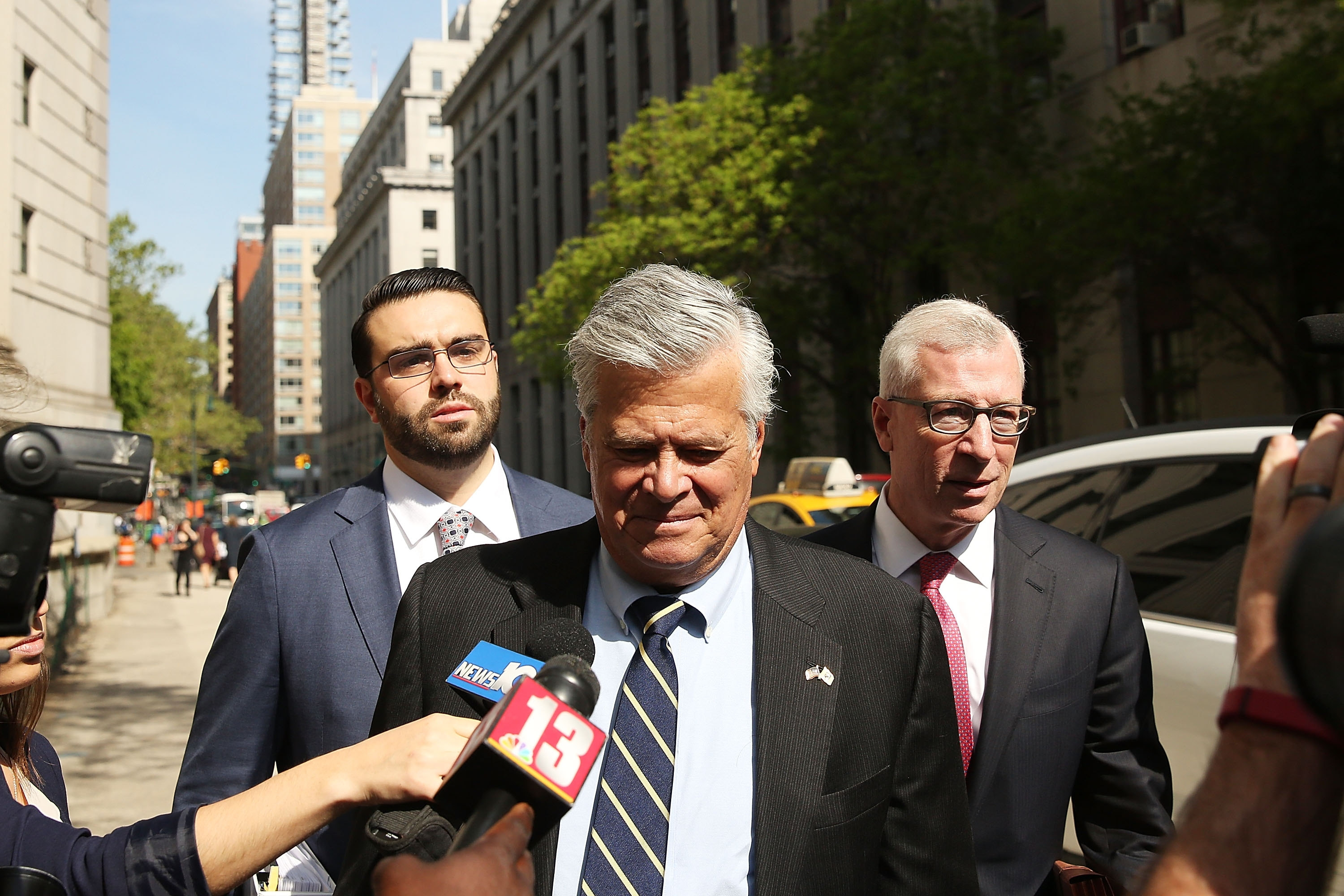 Former New York State Senate Majority Leader Dean Skelos walks into a Manhattan court for his sentencing on May 12, 2016.  (Getty Images)