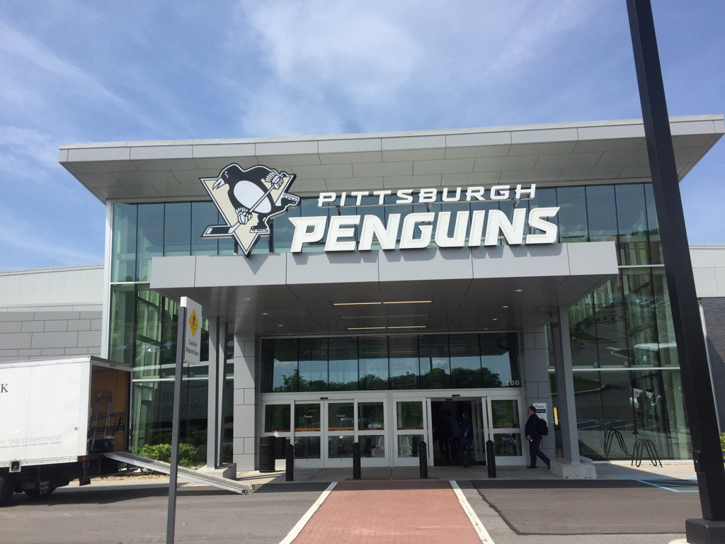 The Penguins' new practice facility. (Mike Harrington/Buffalo News)