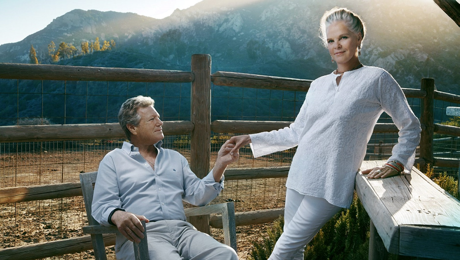 "Ali MacGraw and Ryan O'Neal are charming, heartbreaking in ""Love Letters"" at 710 Main Theatre."