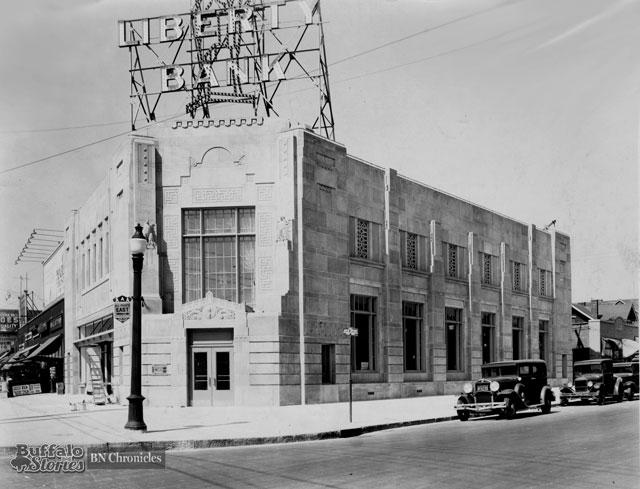 Liberty Bank's branch at Bailey & Kensington, 1930s (Buffalo News Archives)
