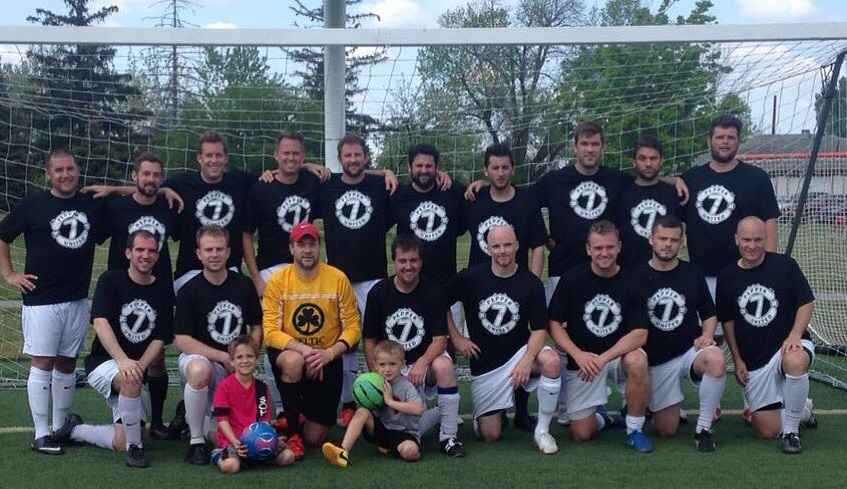 Soho FC of the BDSL takes a team photo wearing shirts honoring Chris Pepper, a former teammate who died early last week from cancer. (via Soho FC)