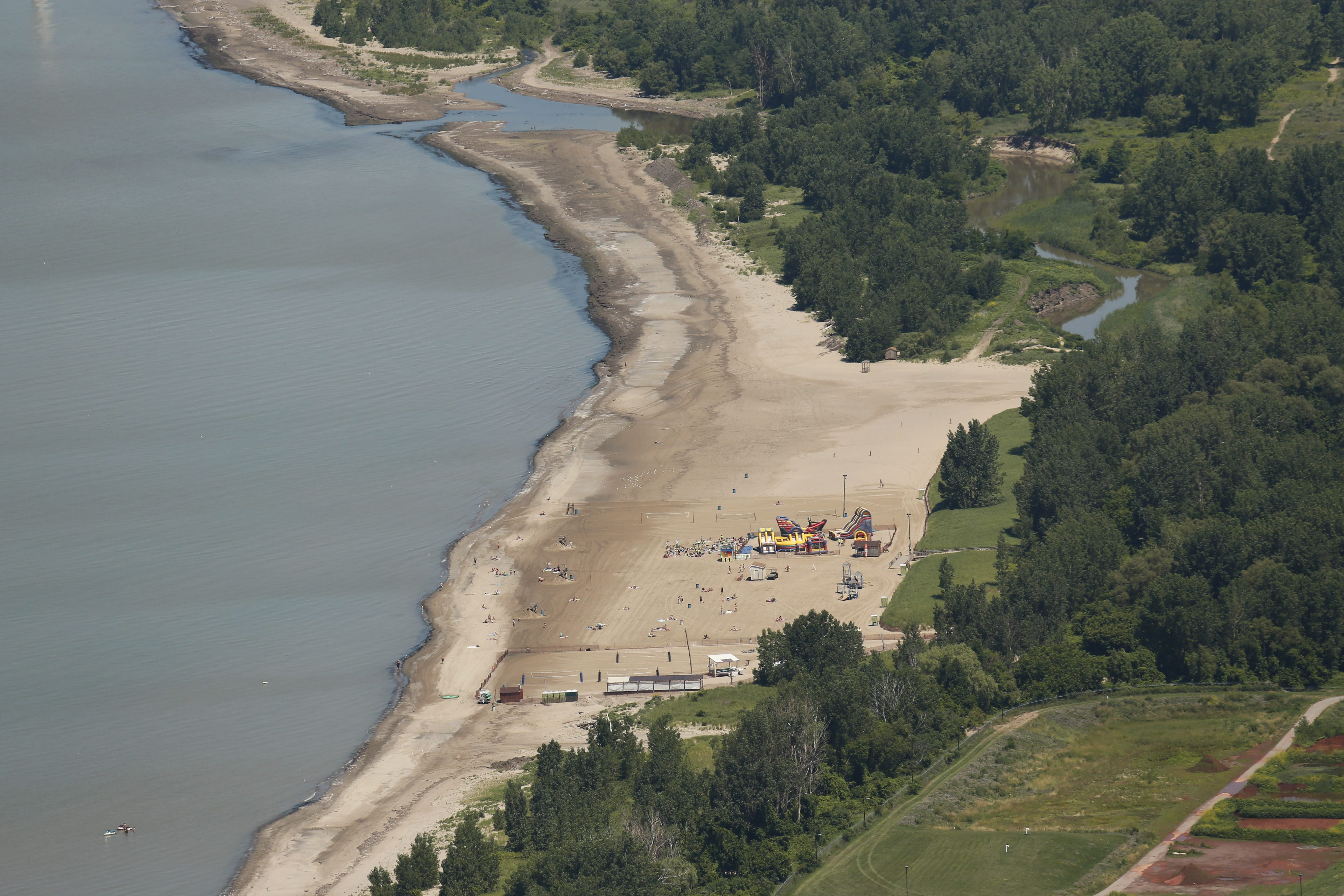 Woodlawn Beach, Thursday, July 10, 2014. (Derek Gee/Buffalo News)