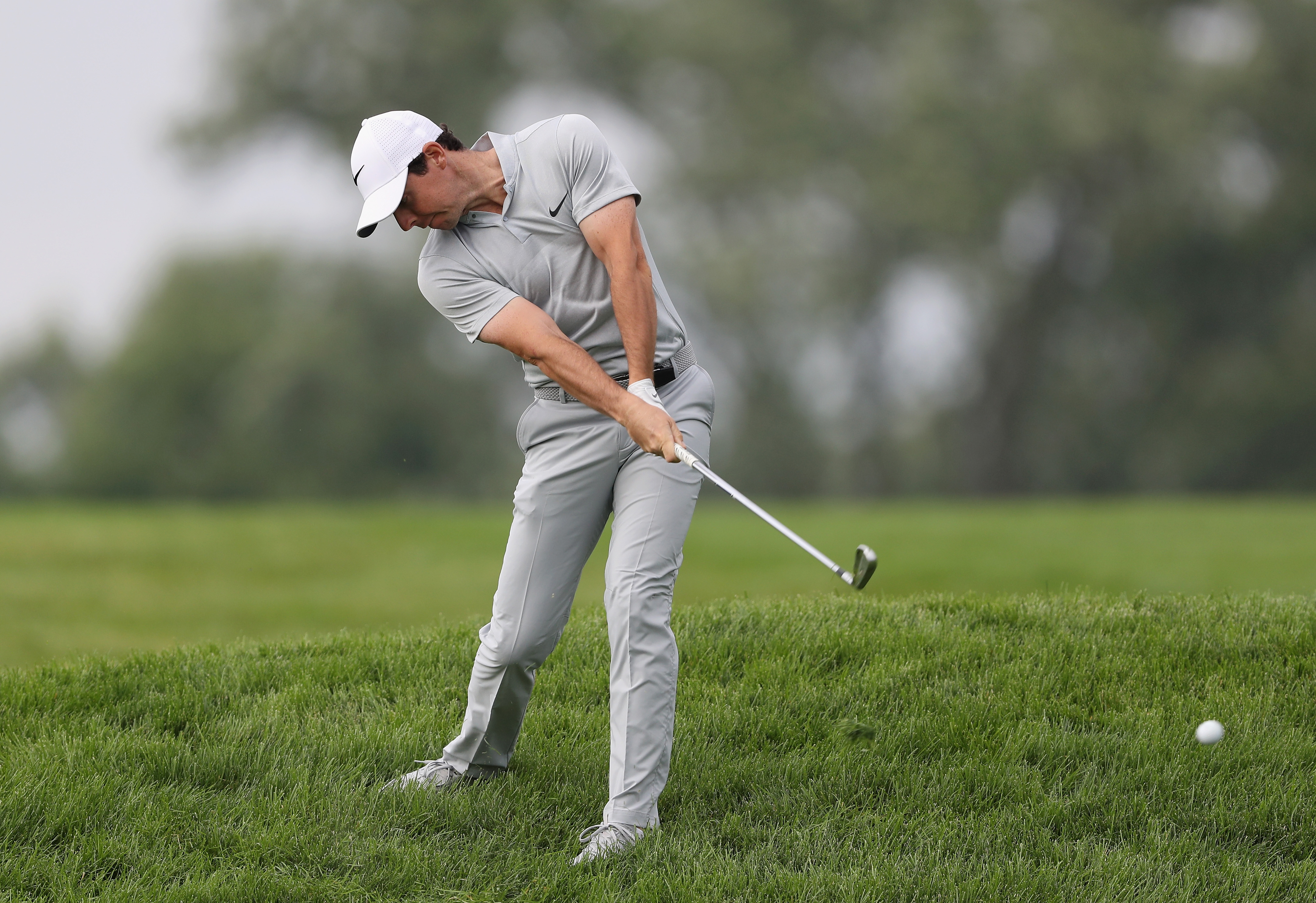 Rory McIlroy put himself in a big hole with a round of 7-over 77 Friday at the U.S. Open. (Getty Images)
