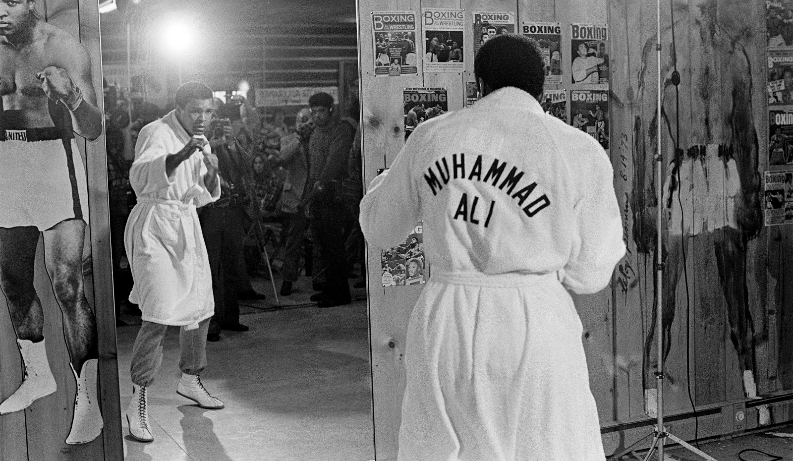 Muhammad Ali was suspended from boxing and under surveillance the first time he met USC running back O.J. Simpson. (Robert Walker/The New York Times)