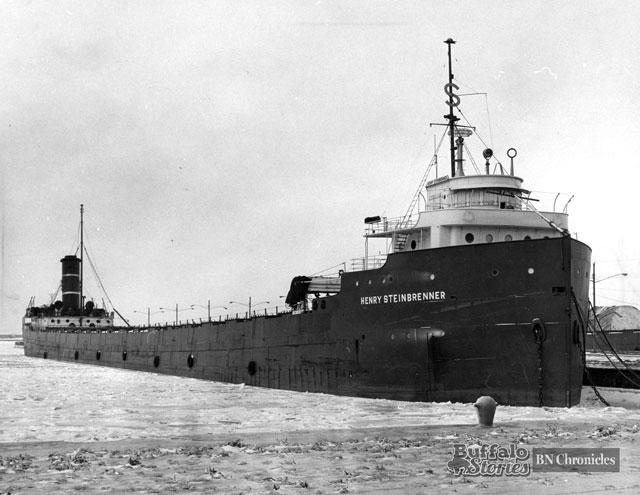 ships---great-lakes102