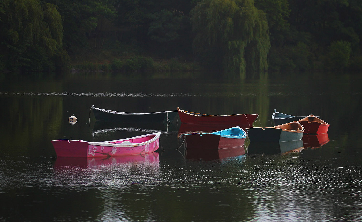 Boats at Delaware Park Hoyt Lake as a light rain falls in Buffalo, N.Y.,on Monday July 25, 2016,  thunderstorms swept through the area this morning.  (John Hickey/Buffalo News)