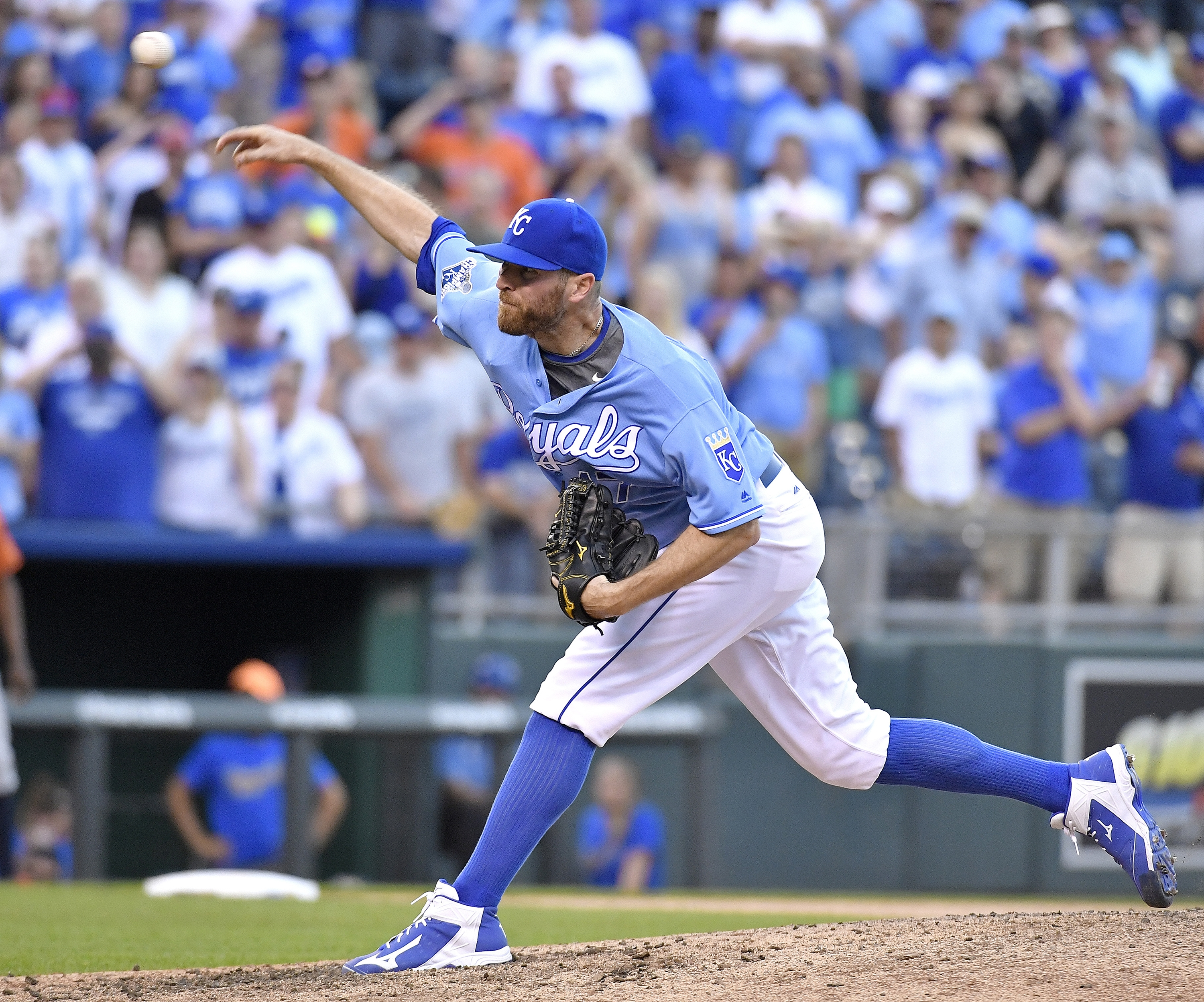Kansas City Royals relief pitcher Wade Davis closes out the ninth inning for a 6-1 win over the Houston Astros on Sunday, June 26, 2016, at Kauffman Stadium in Kansas City, Mo. (John Sleezer/Kansas City Star/TNS)