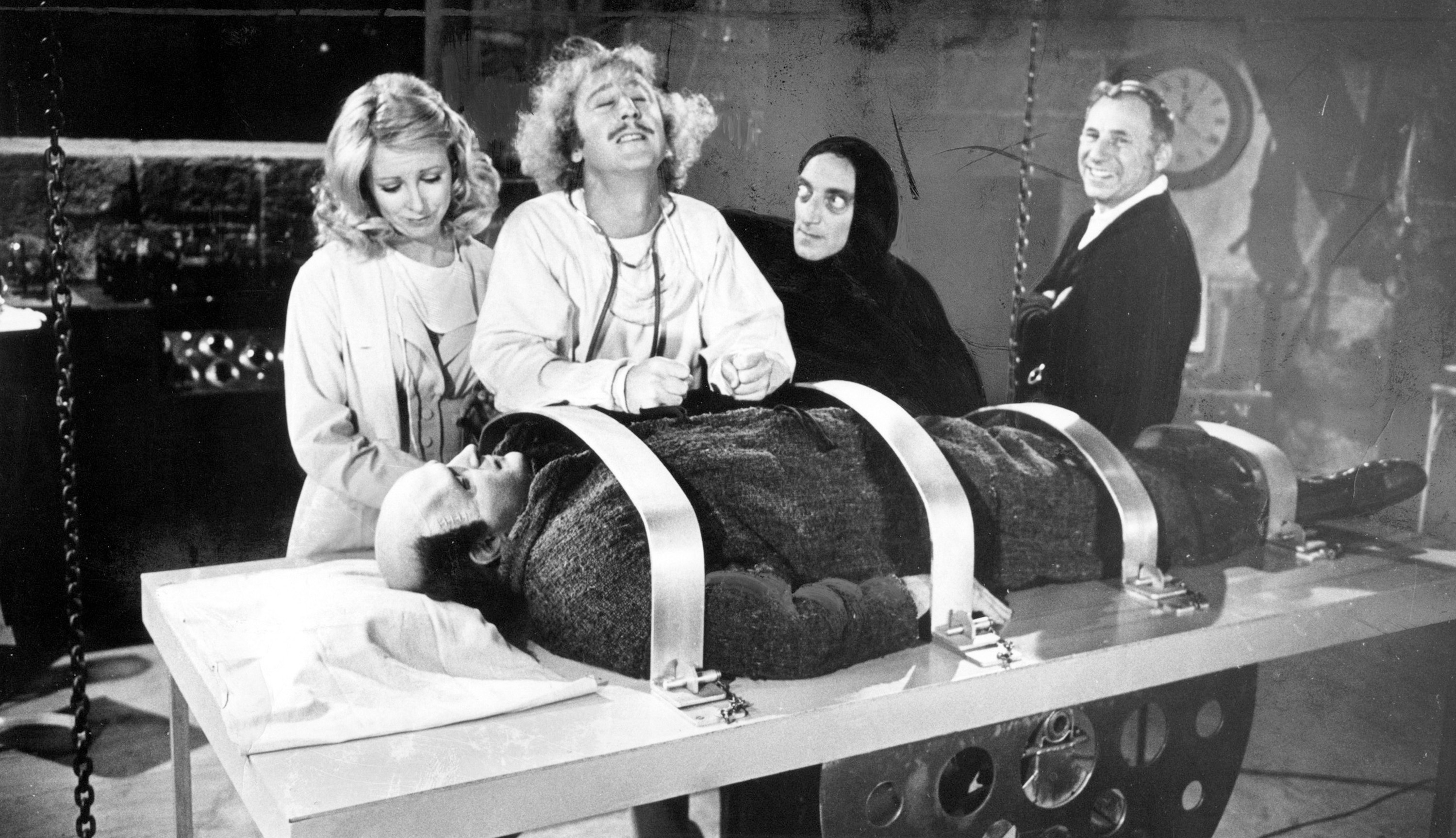 1974 staff file photo from the set of Young Frankenstein. From left: Teri Garr, Gene Wilder, Marty Feldman, Mel Brooks and Peter Boyle as Young Frankenstein. (Los Angeles Times)