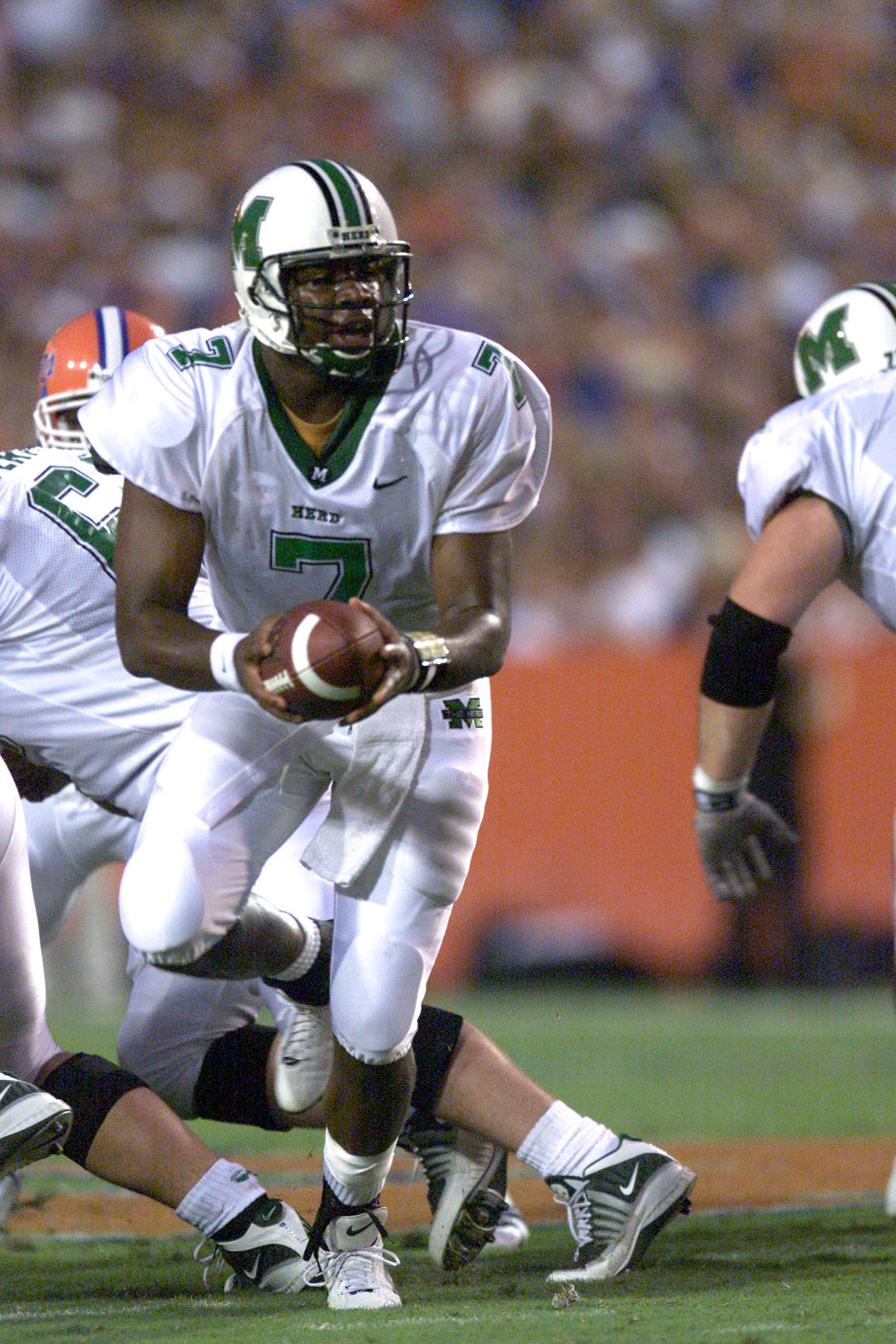 1 Sep 2001: Byron Leftwich of the Marshall Herd runs with the ball during the game against the Florida Gators at Florida Field in Gainesville, Florida. Florida won 49-14. DIGITAL IMAGE. Mandatory Credit: Eliot Schechter/Allsport
