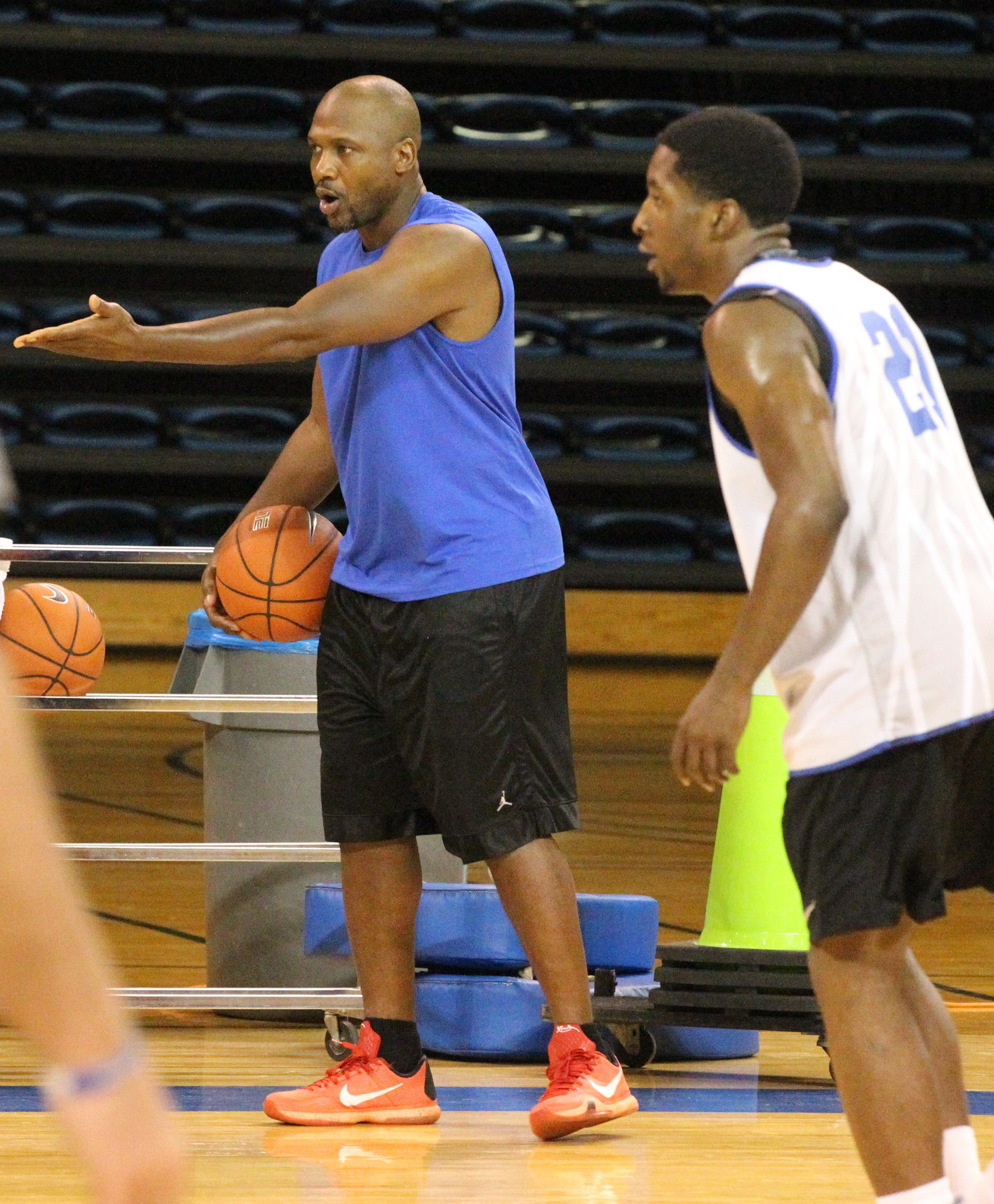 Lindsey Hunter, 17-year NBA vet is now an assistant coach at UB. Photo's taken at practice at University at Buffalo Alumni Arena in Amherst,NY on Tuesday, July 19, 2016. (James P. McCoy/ Buffalo News)