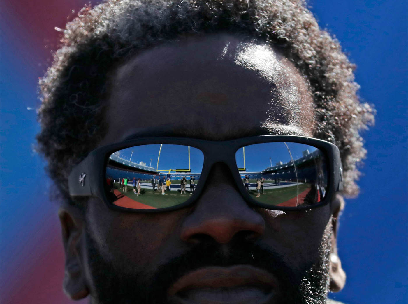 Buffalo Bills defensve coach Ed Reed walks out to pregame prior to playing the Arizona Cardinals at New Era Field on Sunday, Sept. 25, 2016. (Harry Scull Jr./Buffalo News)