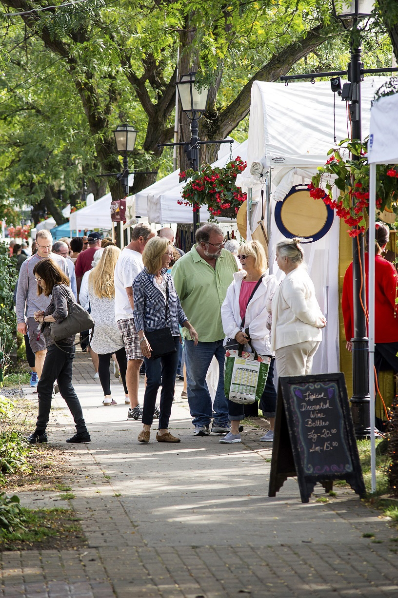 The Lewiston Harvest Festival, scheduled Sept. 24 and 25 on Center Street in Lewiston, will feature more than 100 crafters as well as a farmers market. This photo shows festival scenes from 2015. (Courtesy of Wayne Peters)